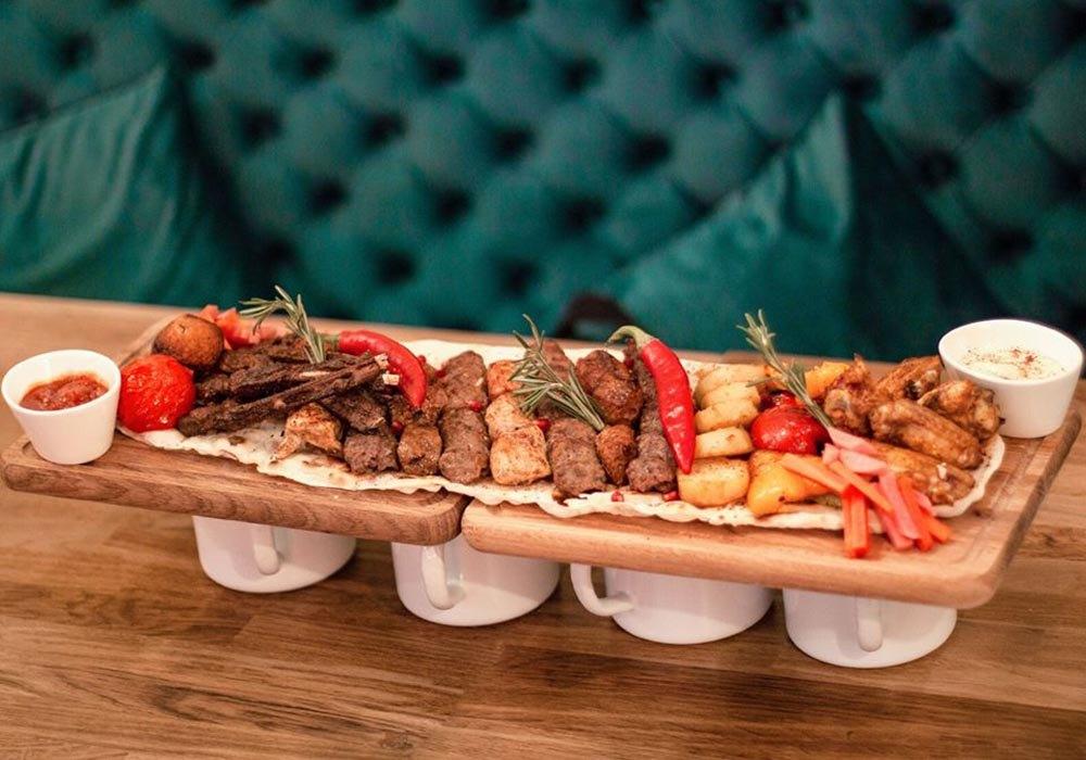 """""""Лаванда"""" предлагает попробовать блюда не самой привычной - ливанской - кухни"""