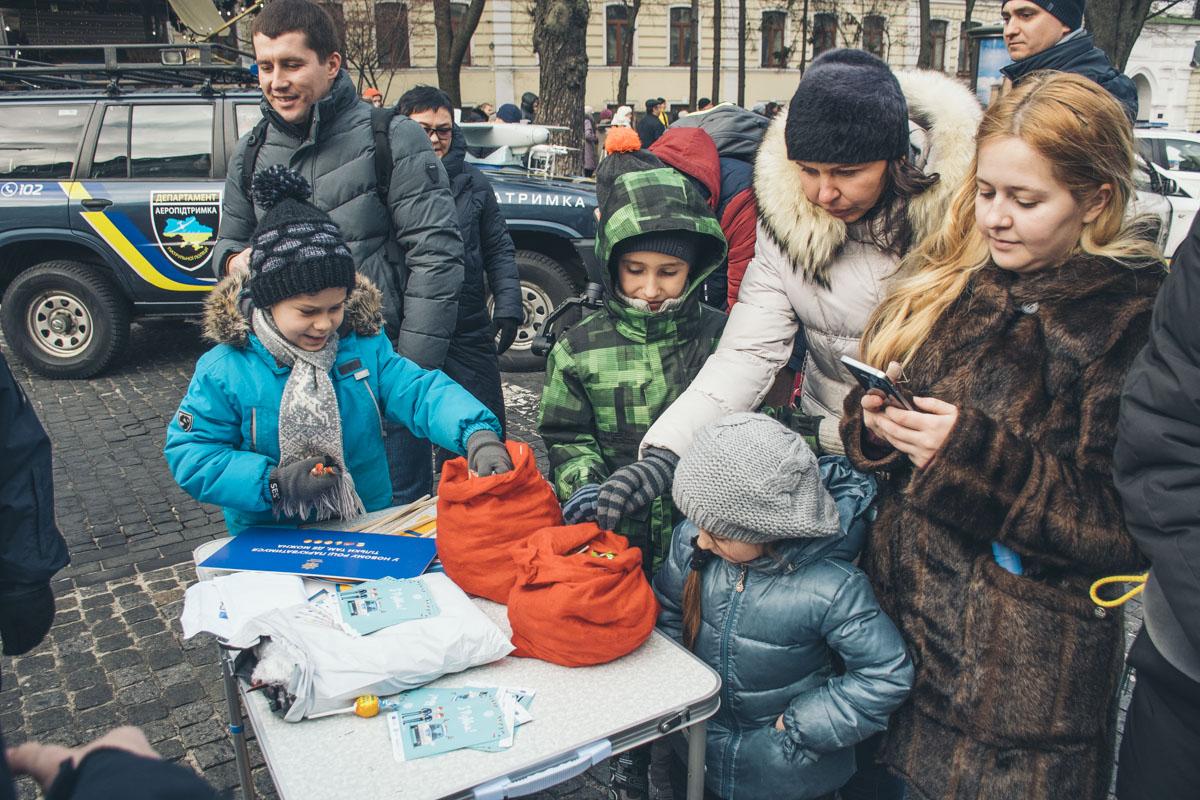 7 января в центре Киева прошло уже традиционное мероприятие — Рождество с копами