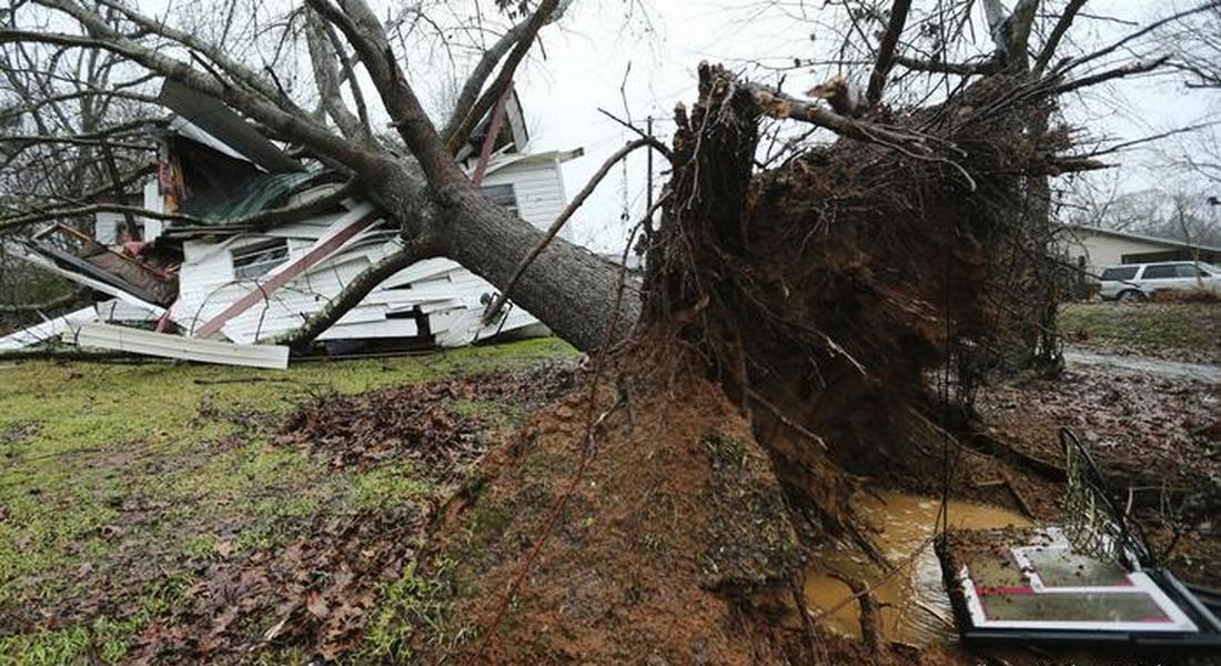 В США бушует смертоносный торнадо