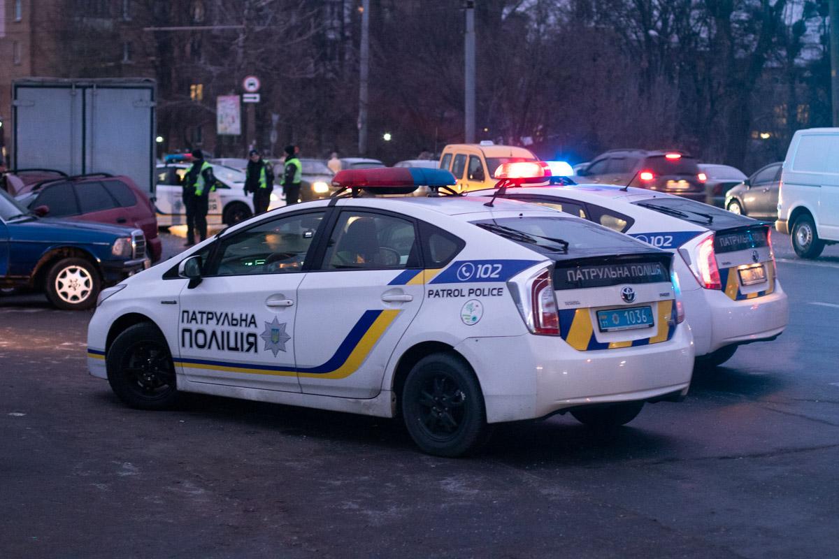На месте работали несколько экипажей патрульной полиции