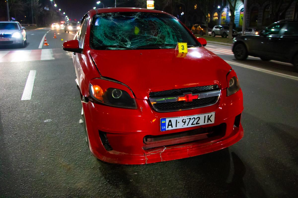 Автомобиль Chevrolet сбил пешехода