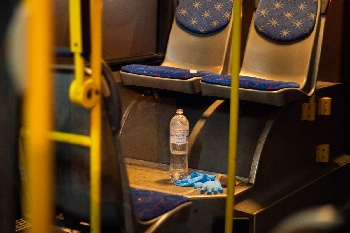 Пассажира автобуса госпитализировали