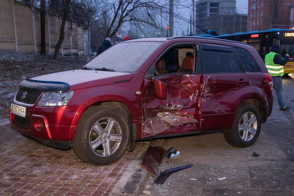 Серьезнее всего пострадали Suzuki и Mercedes