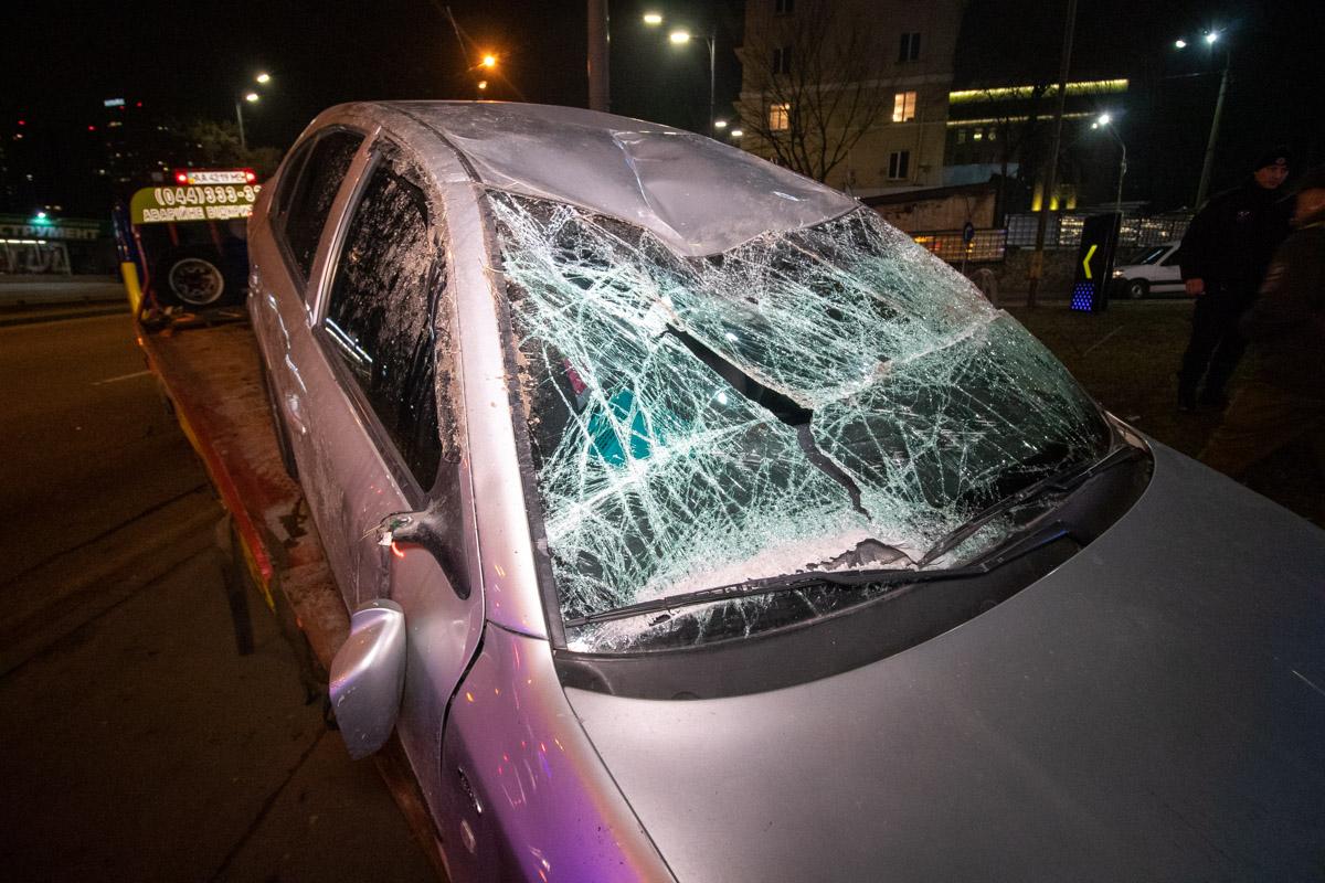 Scoda получила серьезные повреждения в передней части