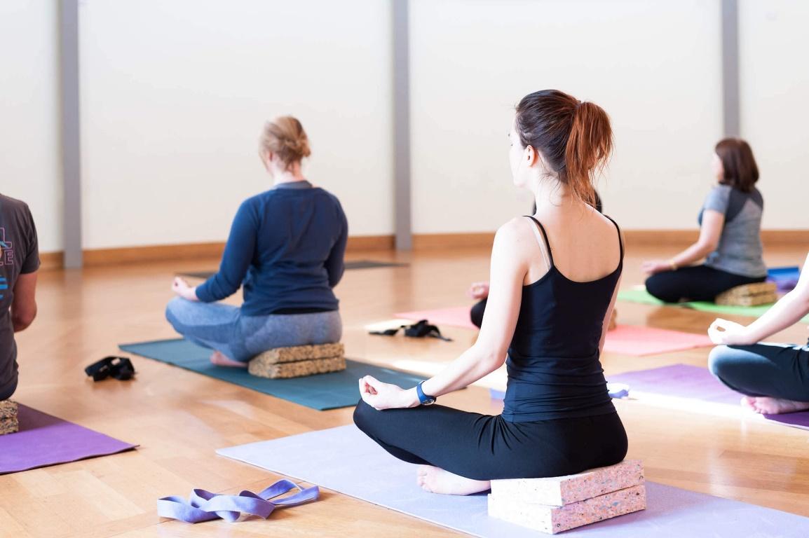 Что может быть лучше расслабления на йоге после рабочего дня