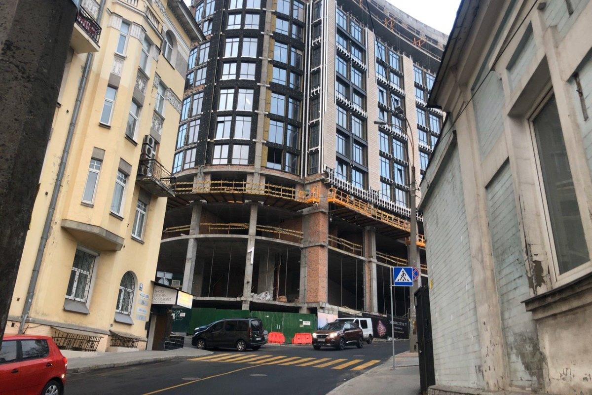 Работы по наружным сетям проводились в рамках строительства элитного дома - Linden Luxury Residences