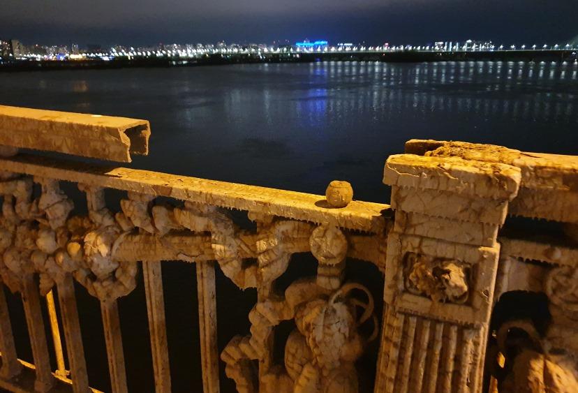 Ограждения моста также находятся в плачевном состоянии