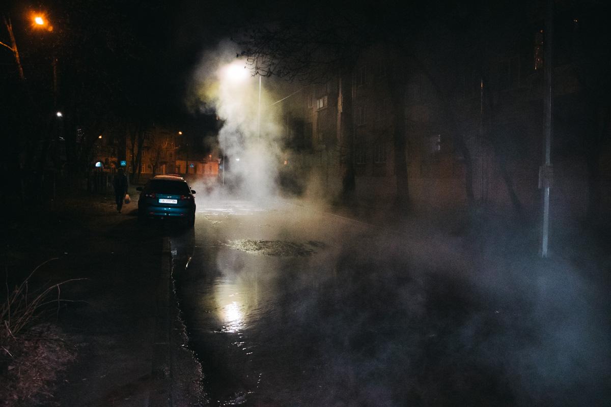 Череда происшествий, связанных с теплосетями, не прекращает постигать Киев