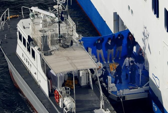 На лайнере, где обнаружили коронавирус, находятся не менее 25 украинцев