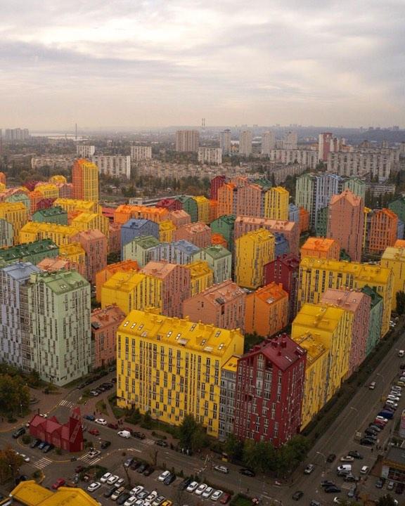 """С высоты """"Комфорт Таун"""" выглядит как цветущий оазис. Фото: @bogdan_susol"""