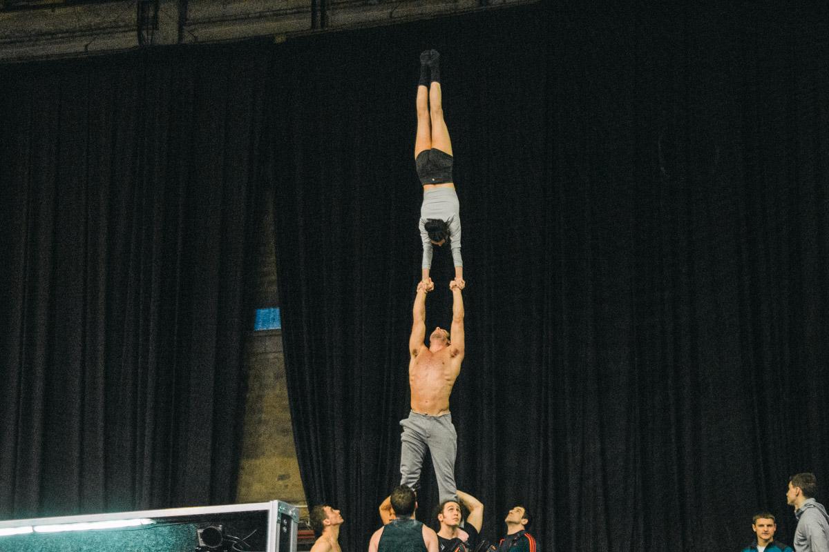 Cirque du Soleil впервые приехал с ледовым шоу