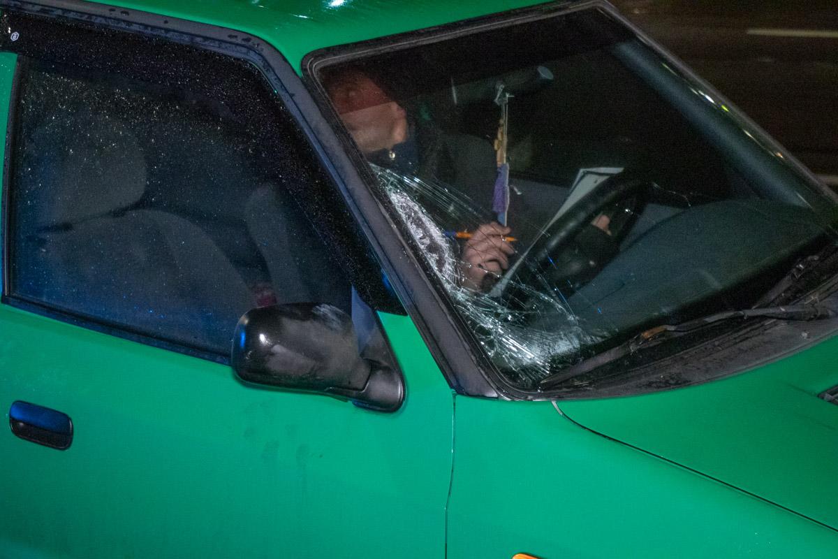 В Киеве на проспекте Шухевича сбили девушку-пешехода