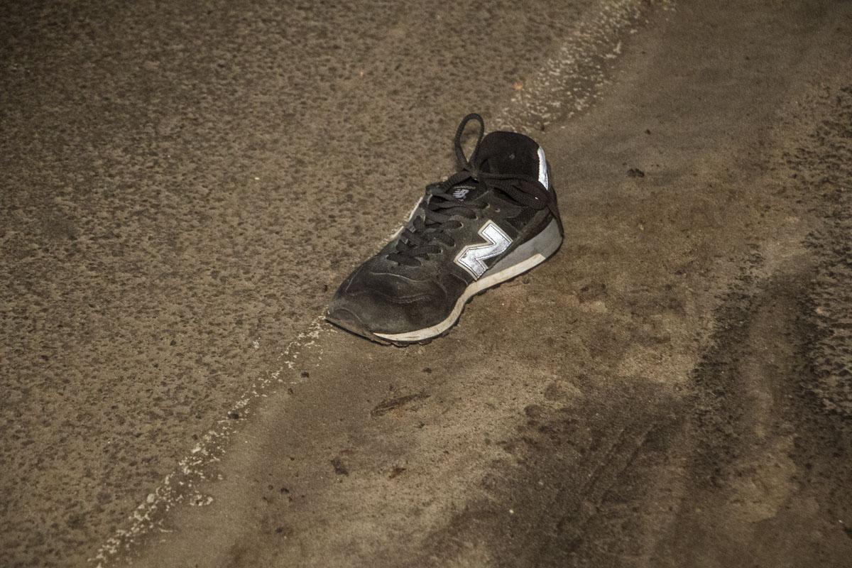 Как сообщила пресс-служба полиции Киевской области, погибшему было 28 лет, а пострадавшему - 31 год