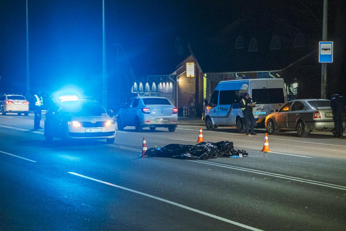 Выяснилось, что за рулем легковушки был сотрудник полиции не при исполнении