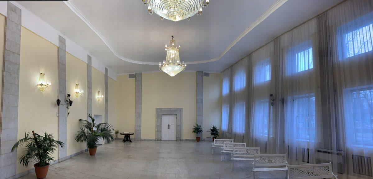 Впрочем, этот зал может выглядеть и так
