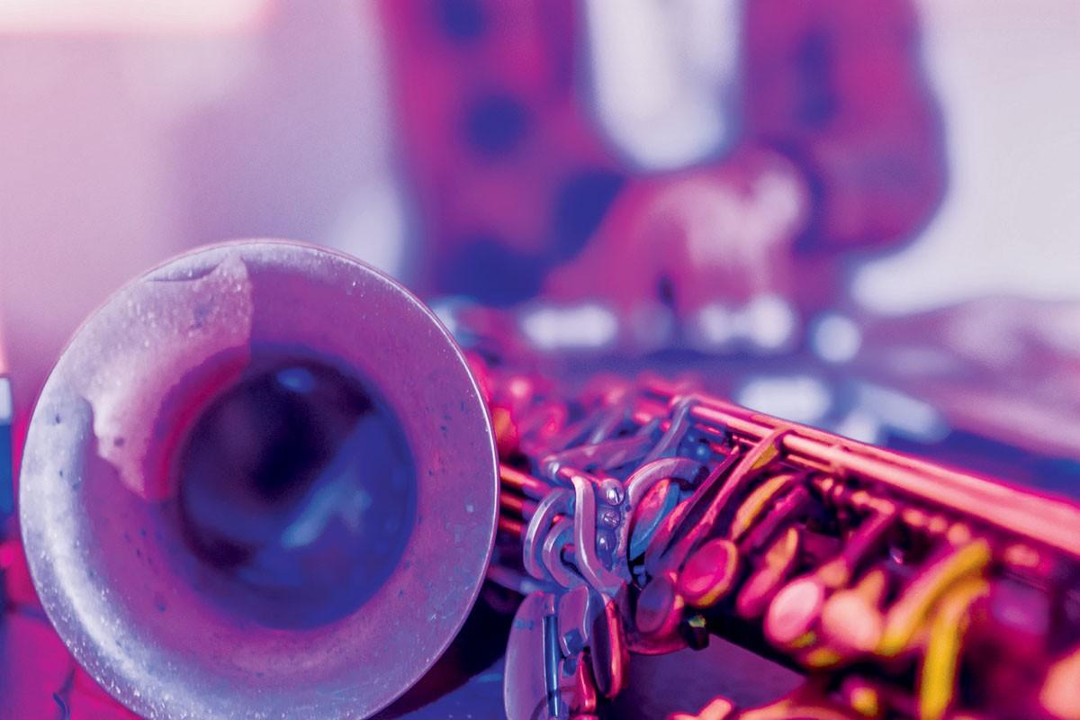 Джаз во всем своем многообразии - это лучшая музыка для пятницы