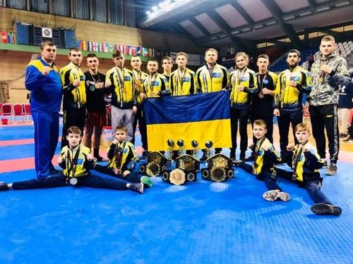 25 медалей привезли украинские кикбоксеры