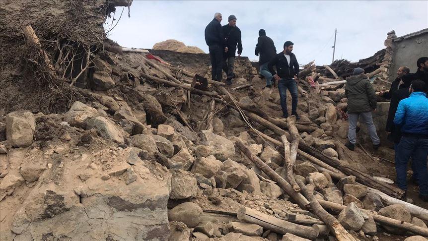 В результате землетрясения погибли как минимум трое детей