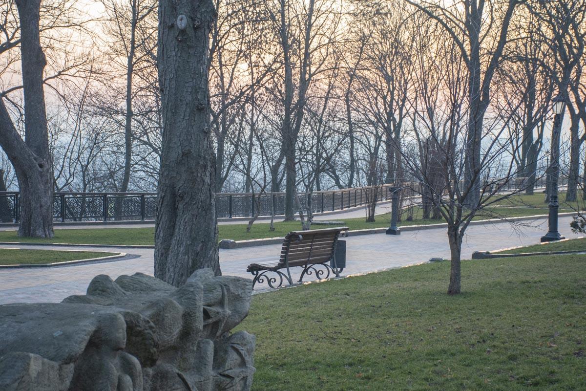 Тихий, безмолвный Киев встречает утро