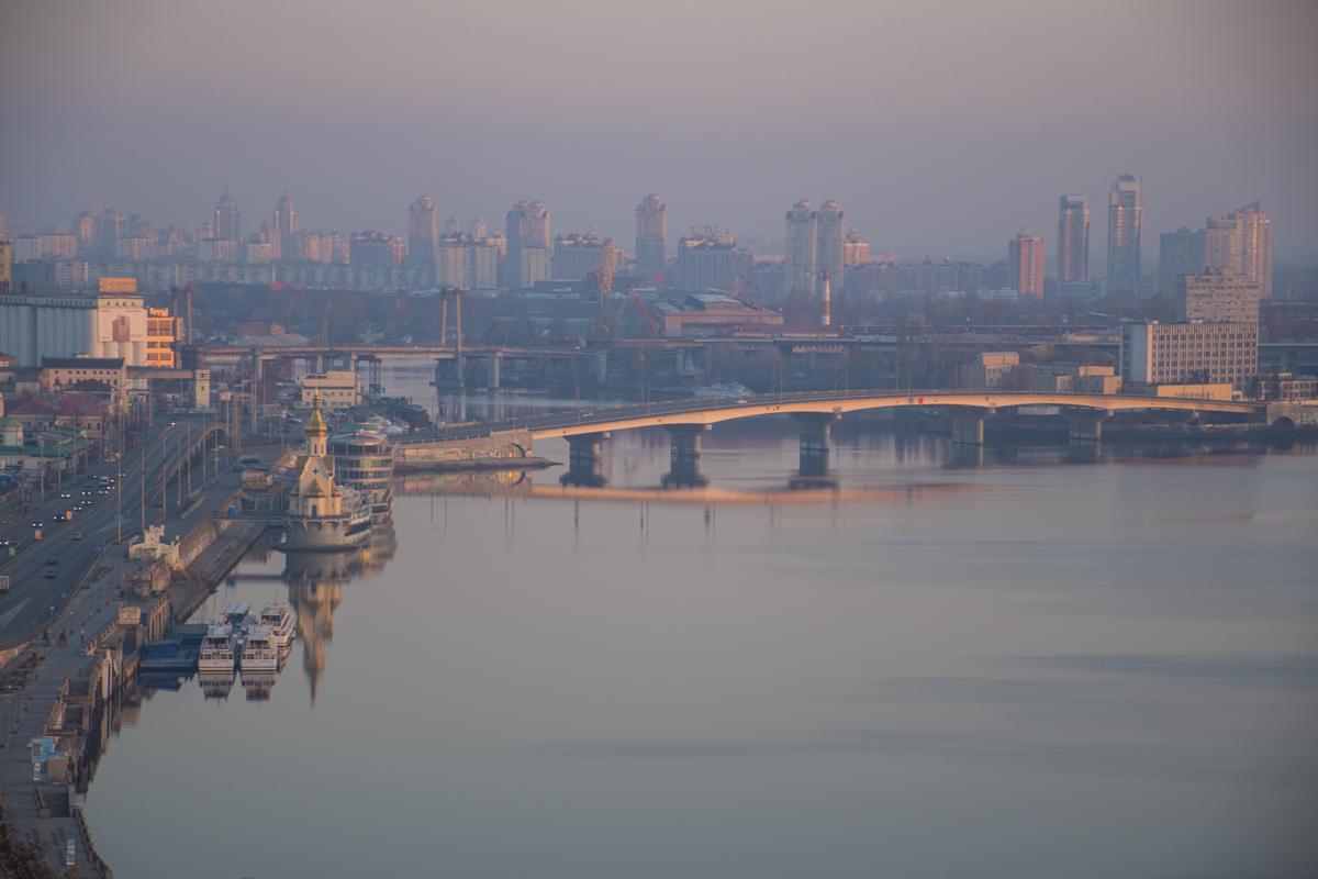 Свежее утро в большом городе
