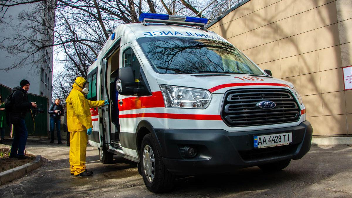 В Черновцах решили остановить обучения в школах из-за угрозы распространения коронавируса