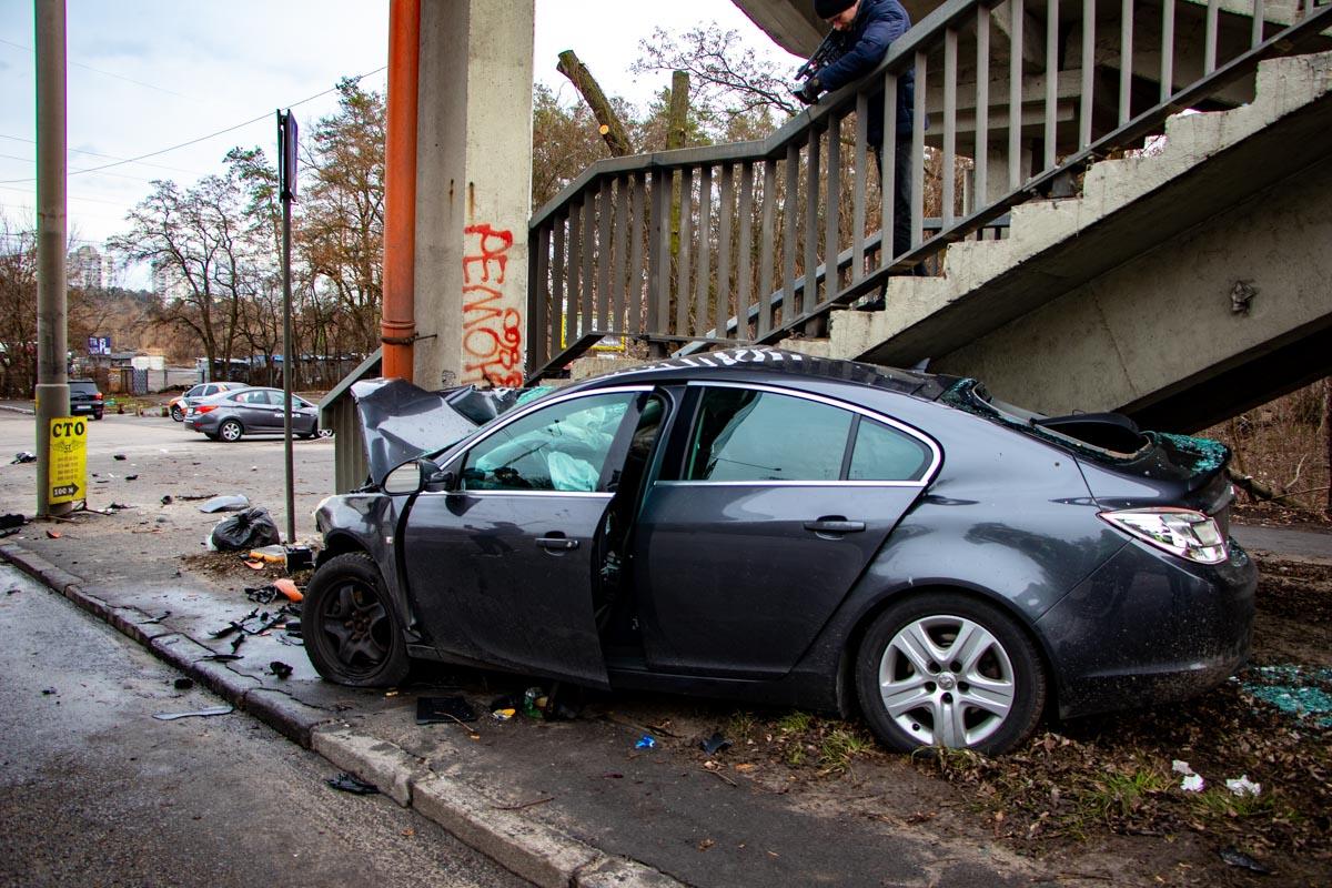 Пострадавшего водителя госпитализировали в тяжелом состоянии