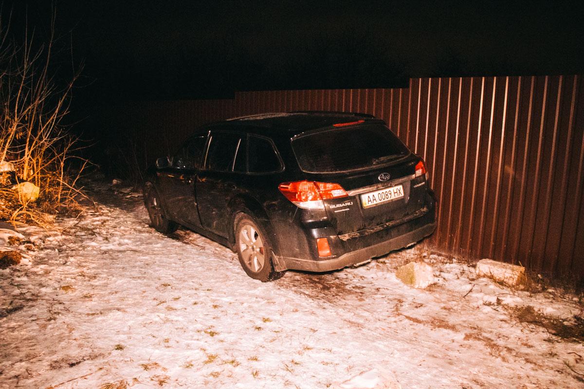 В ночь на 9 февраля на проспекте Леся Курбаса экипаж патрульных обратил внимание на автомобиль Subaru