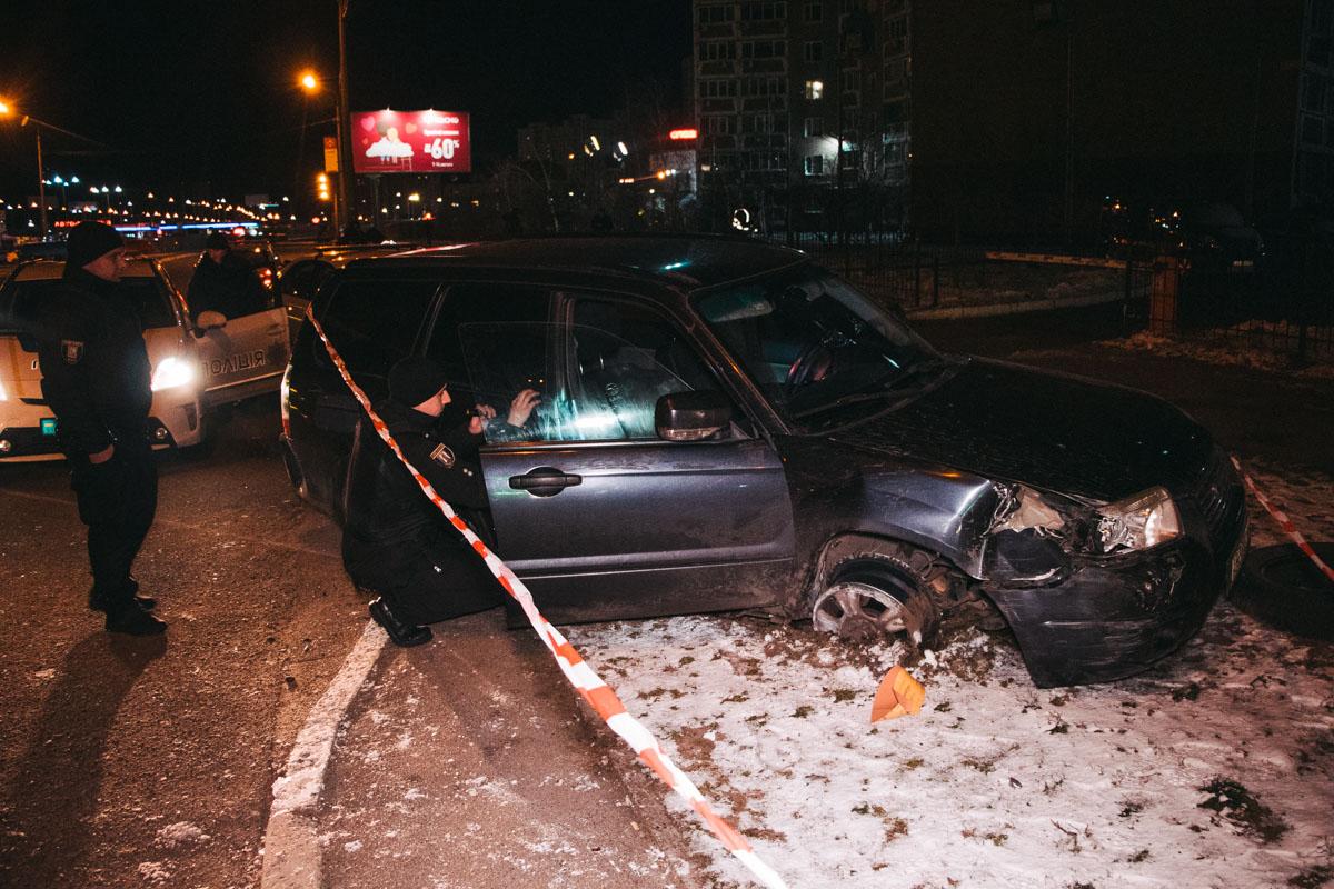 Водителем оказался 19-летний работник СТО. Он двигался на угнанном автомобиле