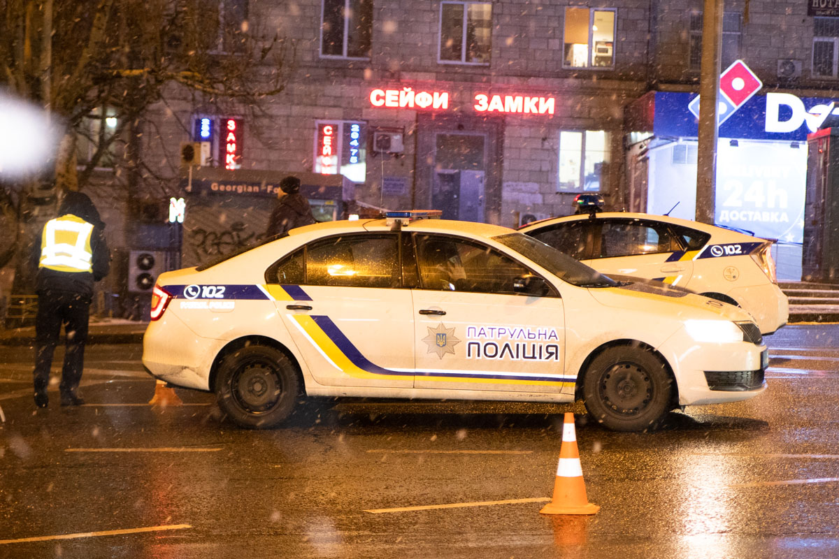 Автомобили столкнулись на перекрестке с улицей Бастионной