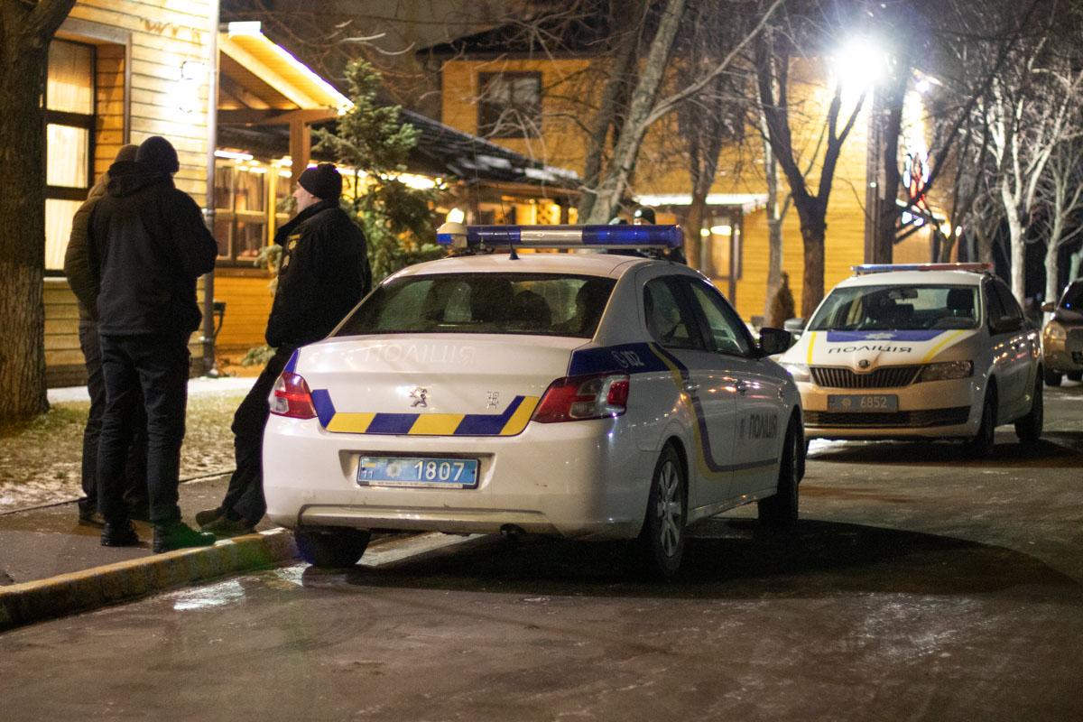 В ночь на 8 февраля в Киеве по адресу улица Николая Закревского, 6а произошел конфликт между двумя компаниями