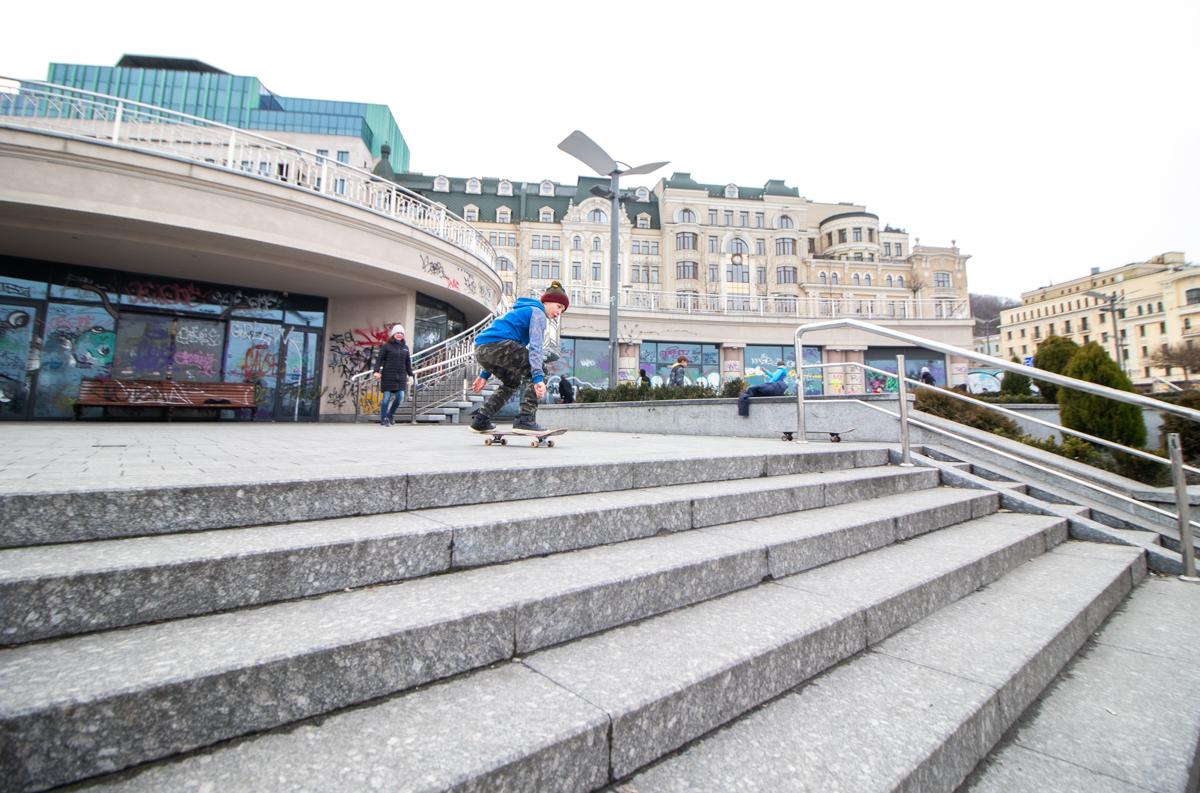 Сезон скейтеров в Киеве открыт