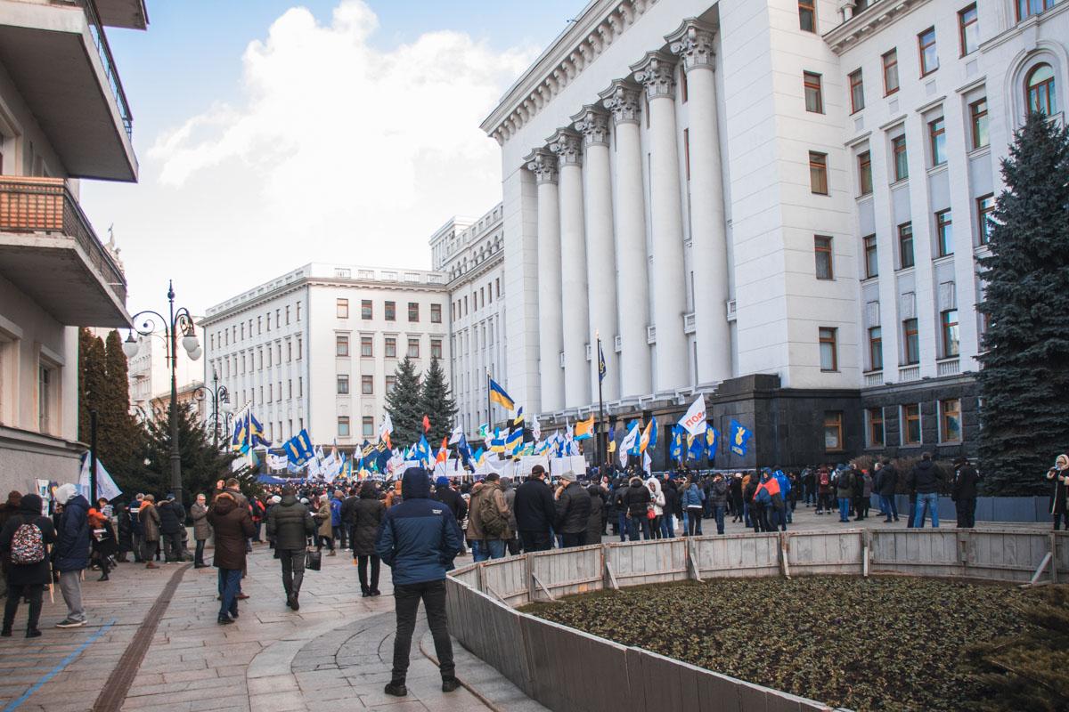 На акции собралось более 1000 человек