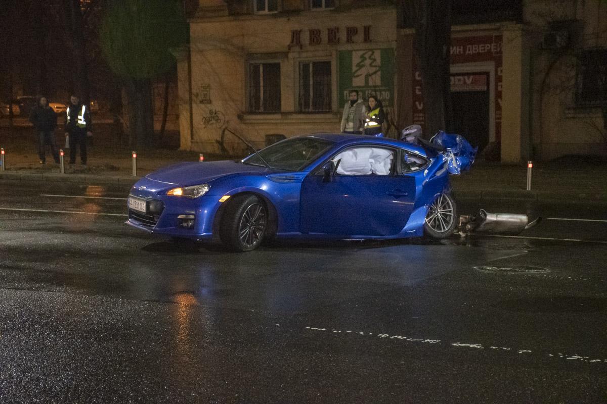 Водитель Subaru не справился с управлением