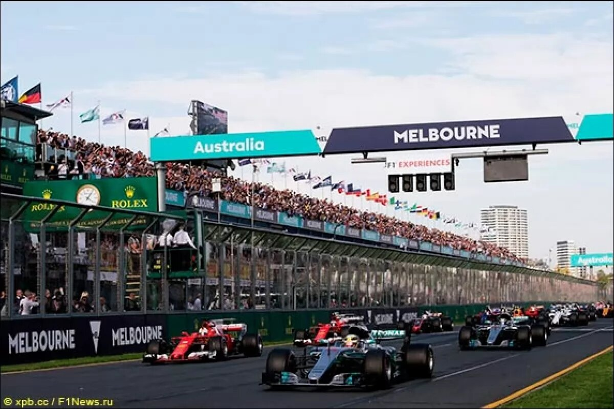 Формула-1 отложила старт нового сезона минимум до мая