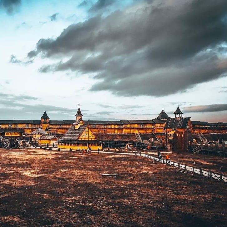 Если вы ищете новых ощущений и красивых видов - парк Киевская Русь для вас. И для @evgenia_funtik