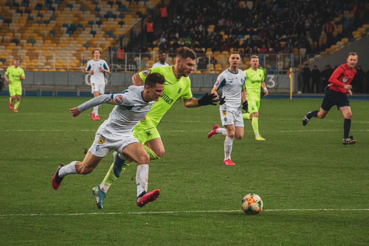 Киевляне старались забить как можно больше мячей в ворота гостей...