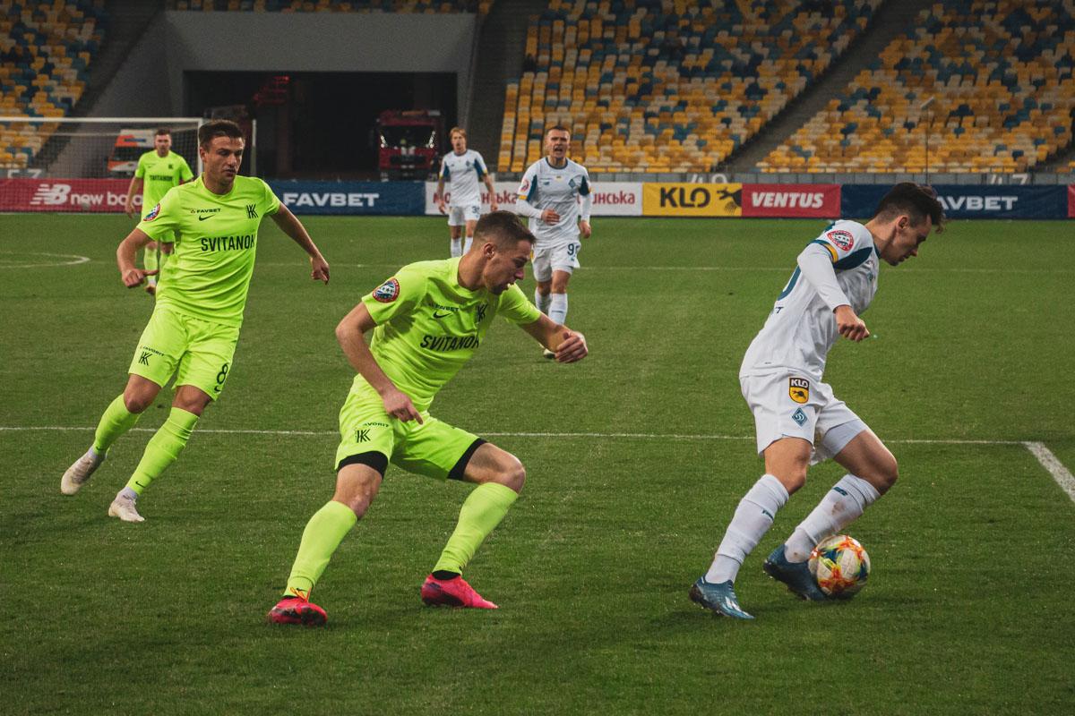 Николай Шапаренко неудачно вошел в игру и был заменен уже в первом тайме