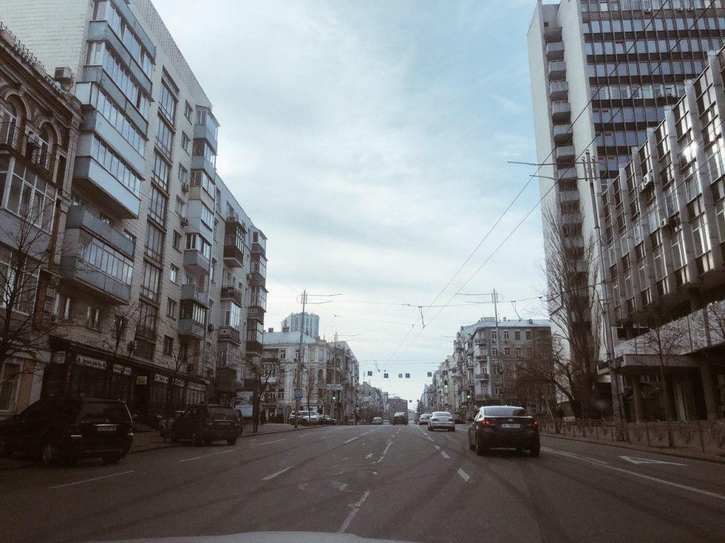 Улица Саксаганского и следы дрифта
