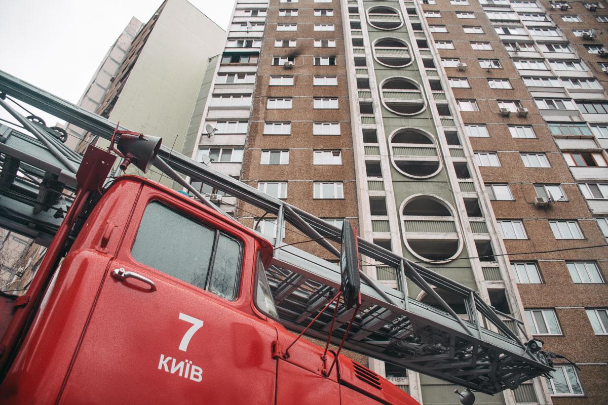 В понедельник, 2 марта, в Киеве на Виноградаре произошел пожар в жилом доме