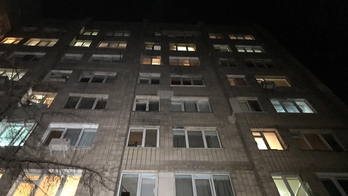 Погибший проживал в квартире на седьмом этаже